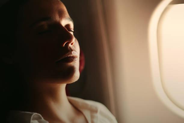 soñar con aeropuerto lleno de gente