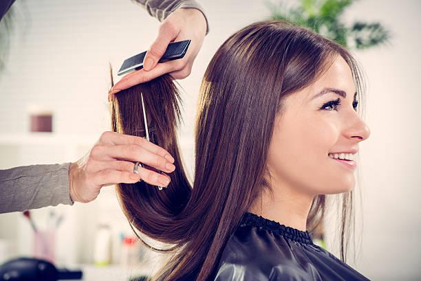 soñar con cortarse el pelo muy corto