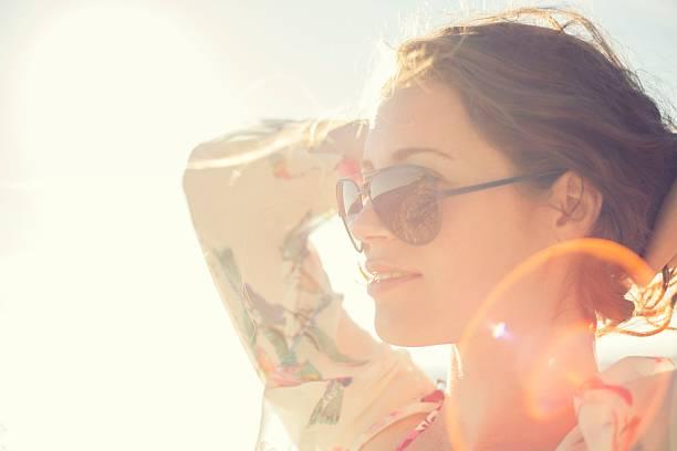 soñar con limpiar gafas de sol