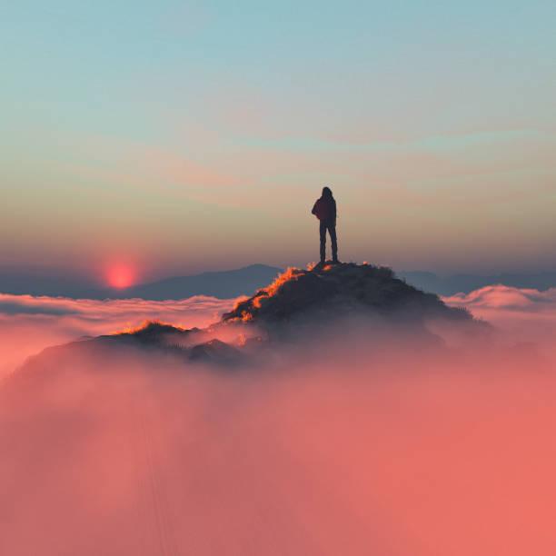 soñar con montañas y mar