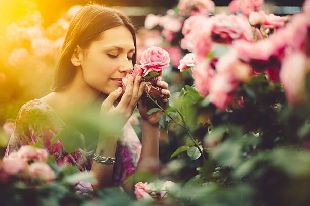 soñar con rosas amarillas