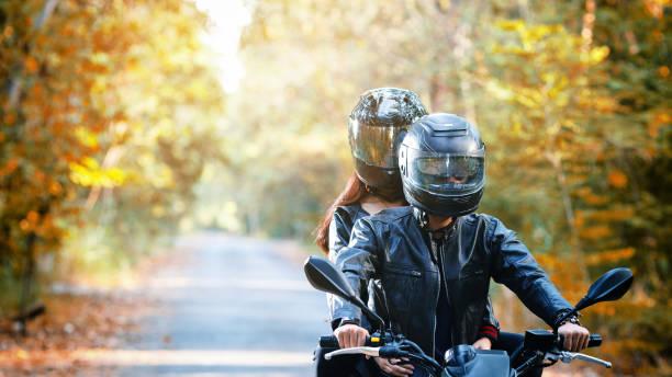 soñar con moto negra
