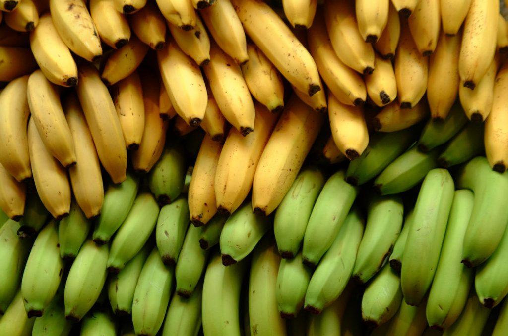 soñar con plátanos verdes pequeños