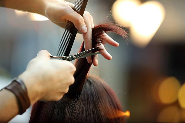 soñar con cortar pelo canoso