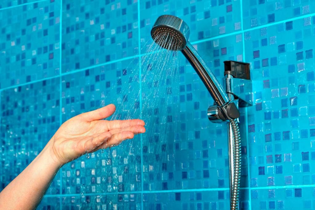 soñar ducharse con alguien