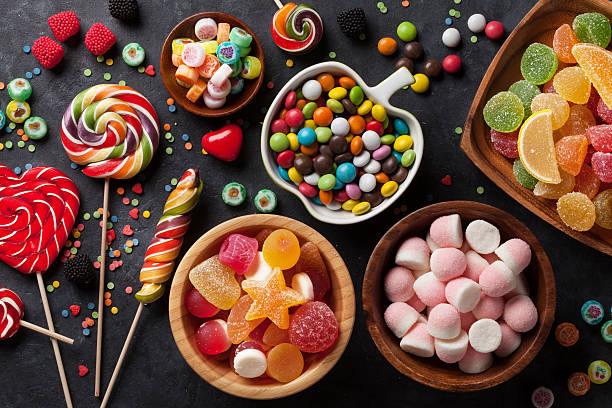 soñar con dulces y niños