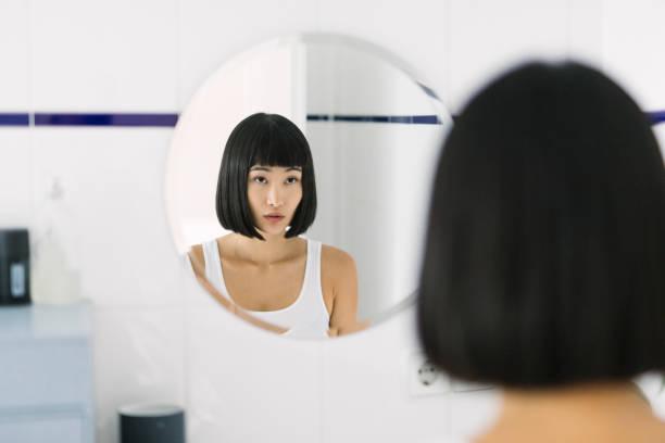 soñar con espejo quebrado