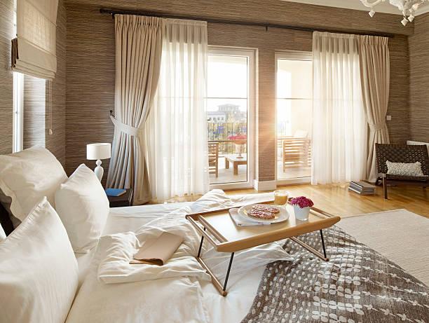 soñar con hotel de lujo