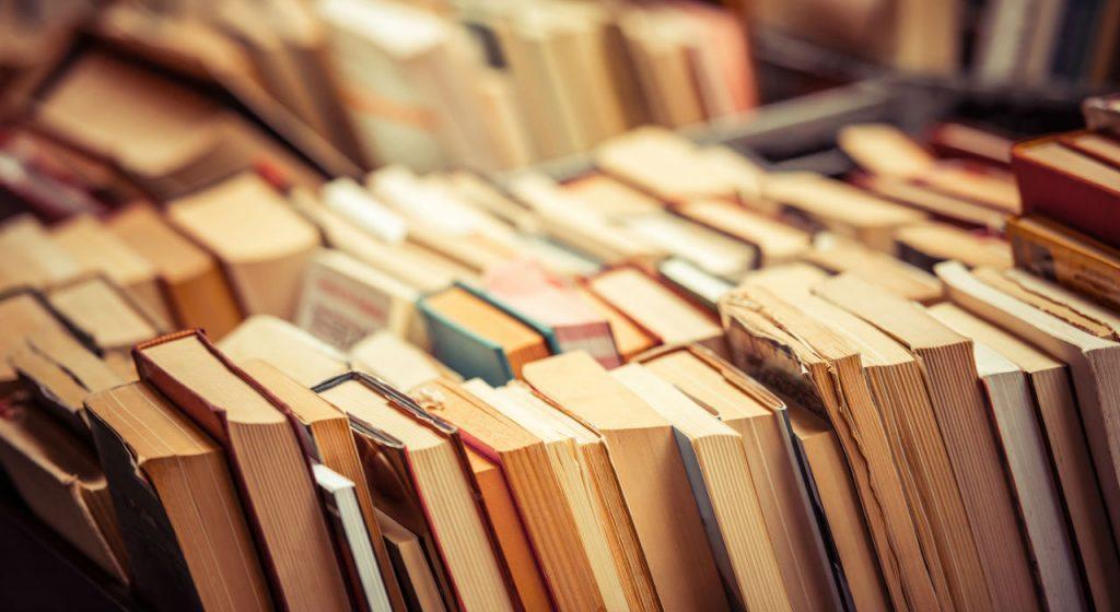 soñar con libros que significa