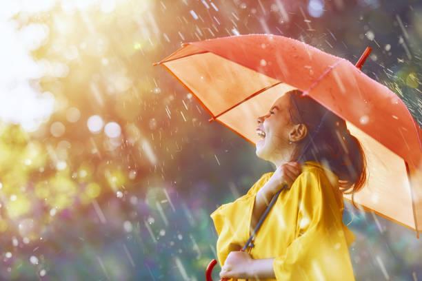 soñar con paraguas azul