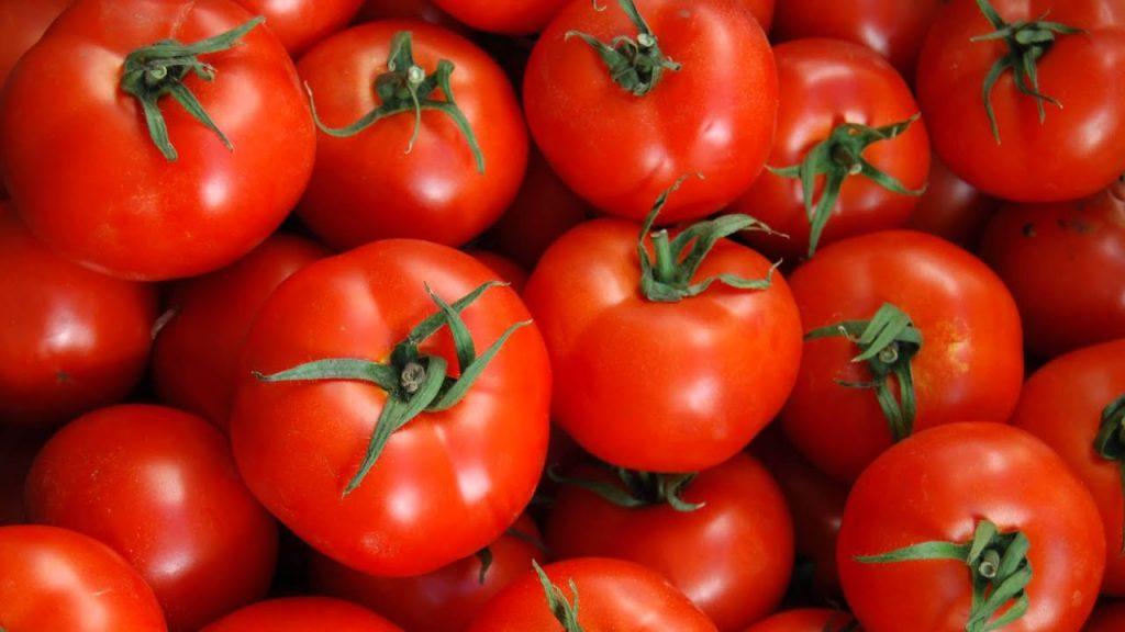 soñar con tomates podridos