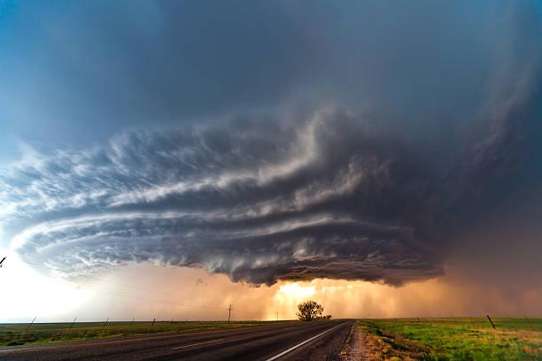 soñar con tornados misabueso