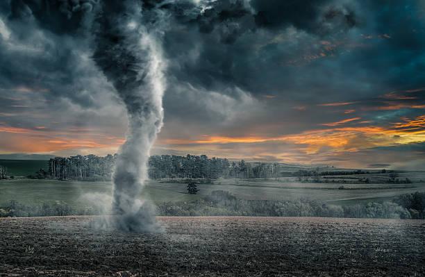 soñar con tornados en el mar