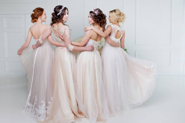 soñar con vestido de novia antiguo