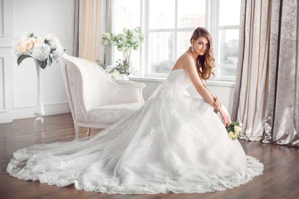 soñar con vestido de novia azul claro