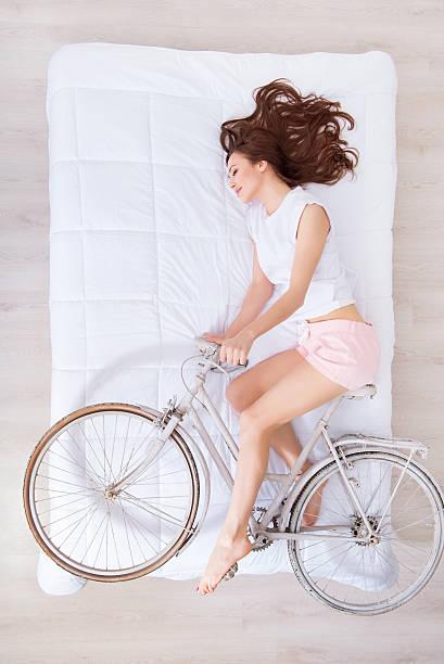 que significa soñar con bici blanca