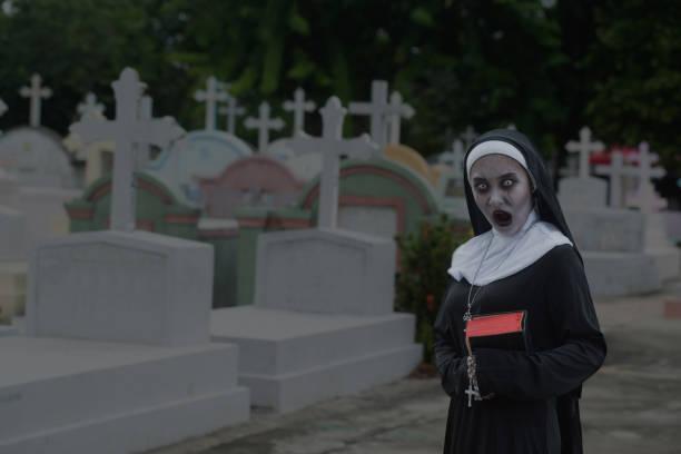 soñar con cementerio inundado