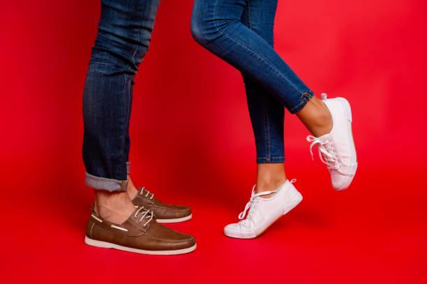 soñar con zapatos al reves