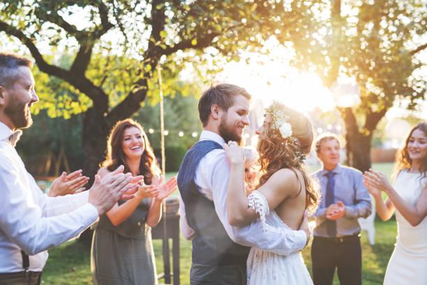 soñar con boda civil