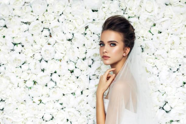 soñar con boda sin ver a los novios